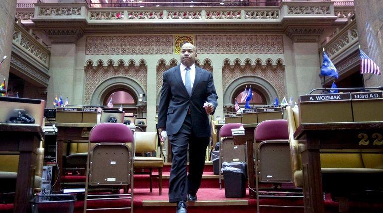 Assembly Speaker Carl Heastie (D-Bronx) walks through the