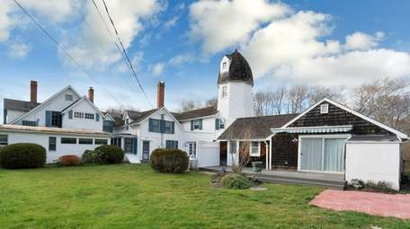 This Westhampton Beach home, built in the 1890s,