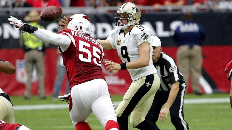 New Orleans Saints quarterback Drew Brees (9) throws