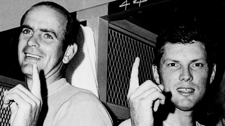 San Franisco Giants pitcher Gaylord Perry, left, and