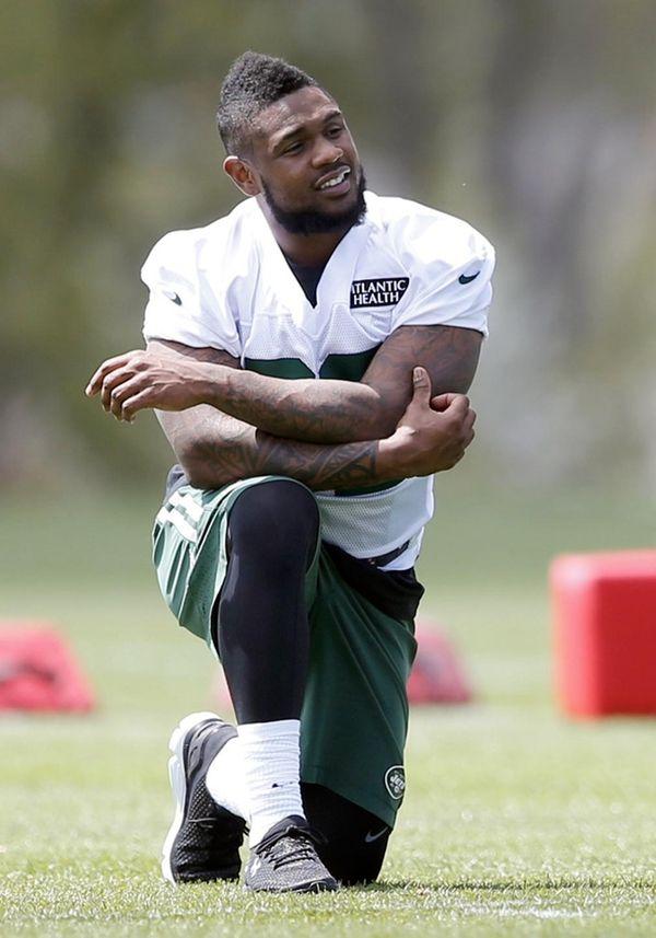 New York Jets running back Stevan Ridley attends