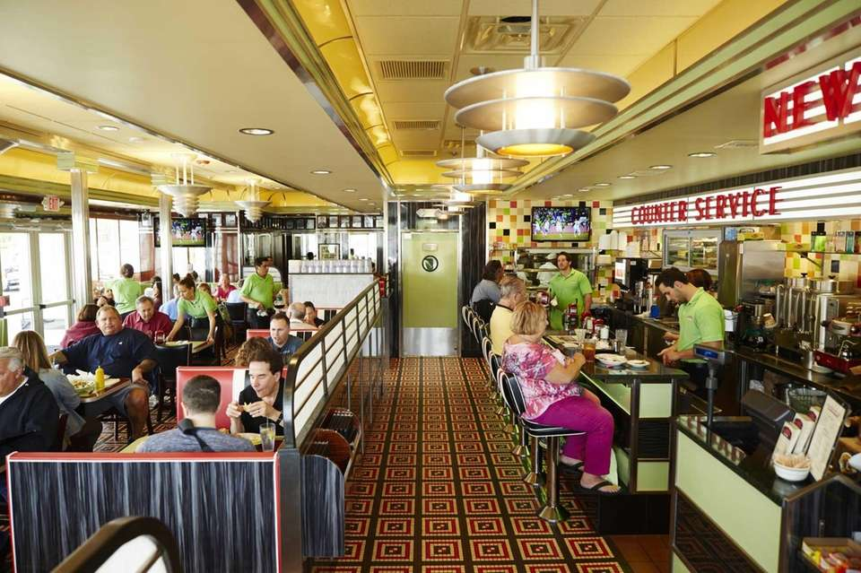 Laurel Luncheonette, Long Beach (Opened in 1932): The