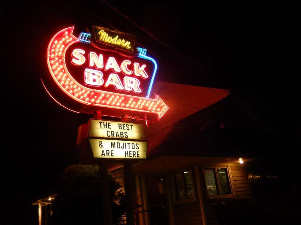Modern Snack Bar, Aquebogue (Opened in 1950): The