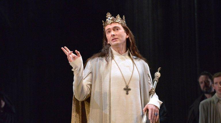 David Tennant stars as an exhilarating Richard II