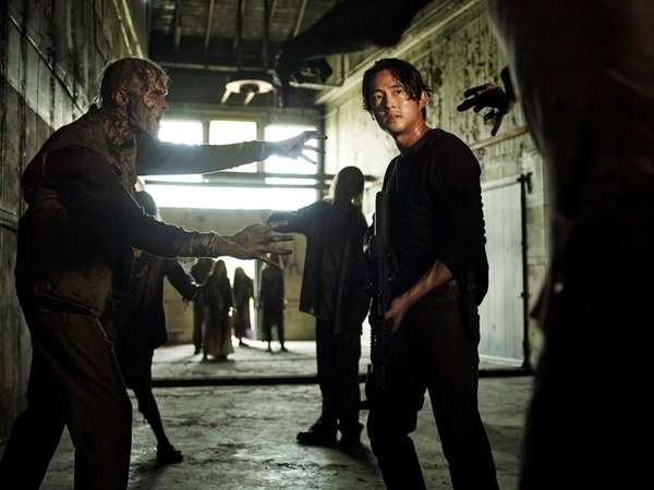 The fate of Glenn Rhee, played by Steven
