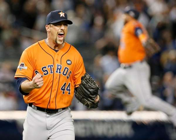 Houston Astros relief pitcher Luke Gregerson (44)