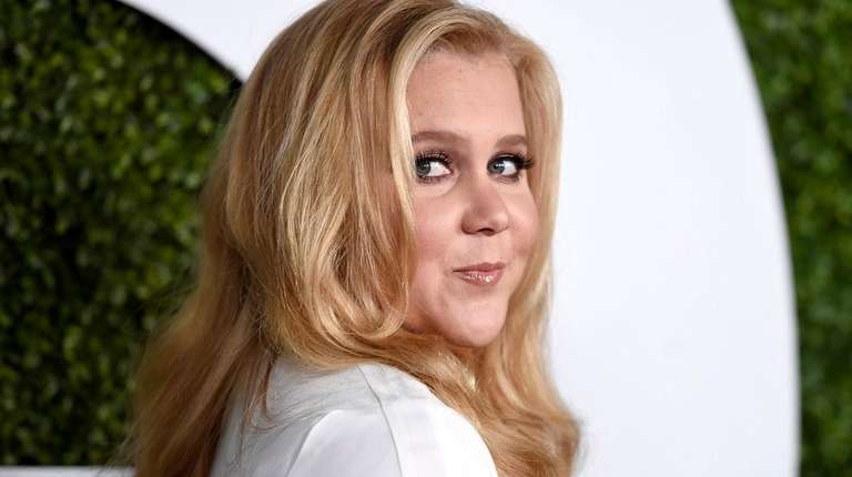 Amy Schumer's show returns to Comedy Central April
