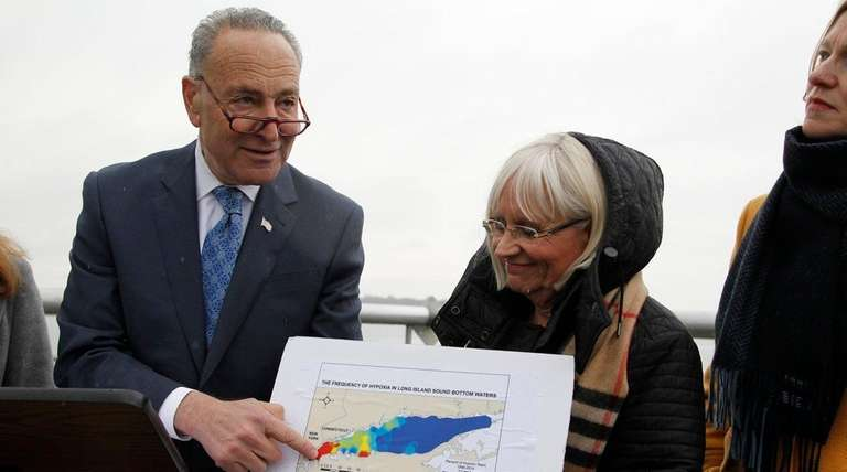 Sen. Chuck Schumer, left, and Town of North