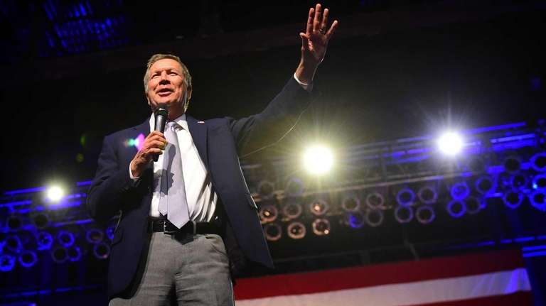 Presidential candidate and Ohio Gov. John Kasich held