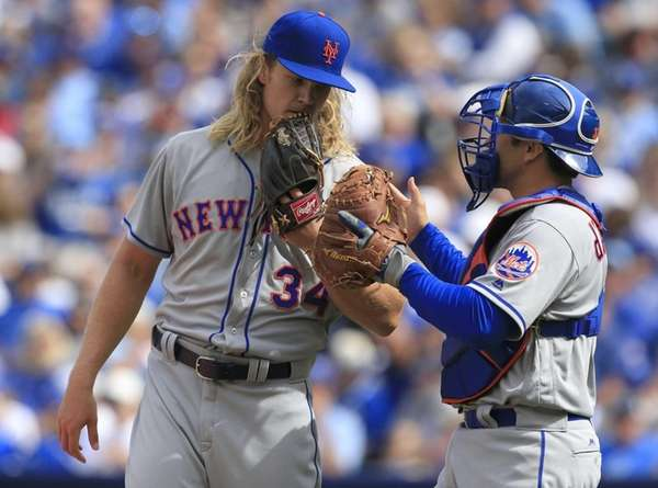 New York Mets starting pitcher Noah Syndergaard talks