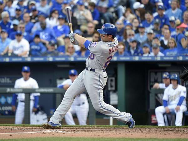 Neil Walker of the New York Mets hits