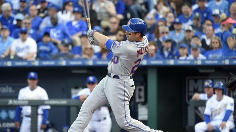Neil Walker of the New York Mets hits