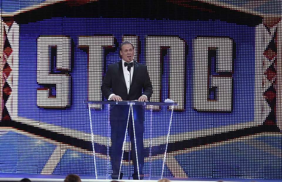 WWE superstar Sting accepts his induction and officially