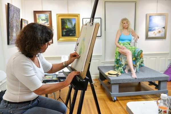 Ilene Silberstein of Port Washington draws figure model