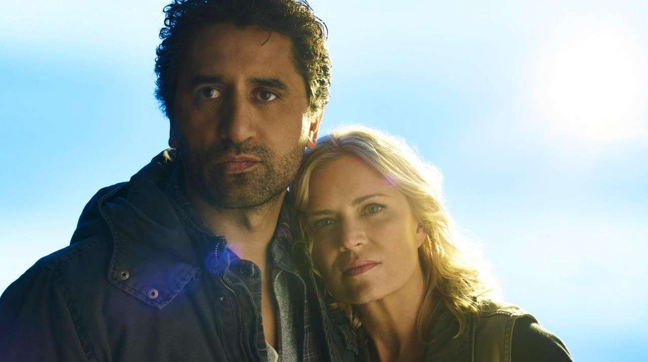 Cliff Curtis as Travis and Kim Dickens as