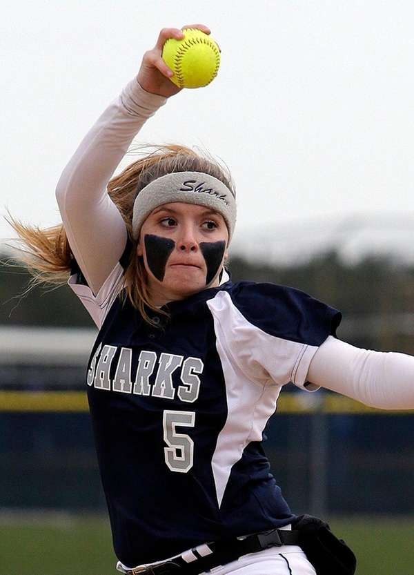 Eastport-South Manor's Marissa Rizzi gave up only two