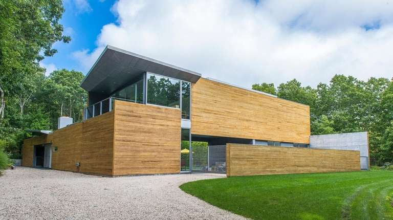 This five-bedroom Sagaponack Contemporary was designed by Smith-Miller