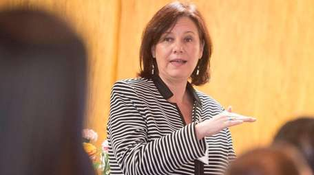 Honoree Lisa Pierce discusses her career Thursday, April