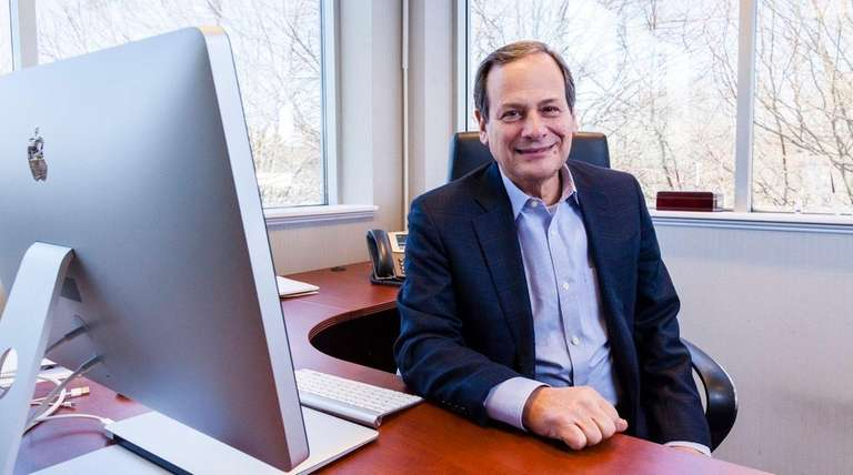 Russell Artzt, co-founder of Computer Associates, launched Digital