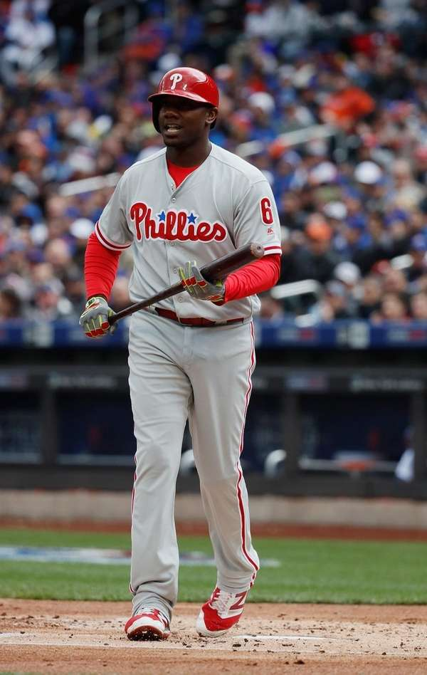 Ryan Howard of the Philadelphia Phillies reacts after