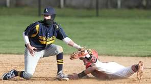 Mt Sinai's George Rainer (18) steals second and