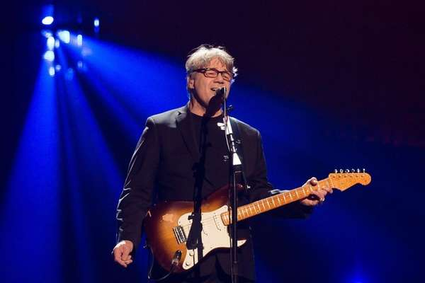 Inductee Steve Miller performs at the 31st annual