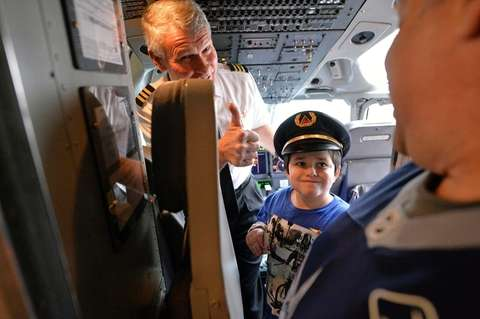 Brooklyn resident Jack Guariglia, 8, wearing a pilot's