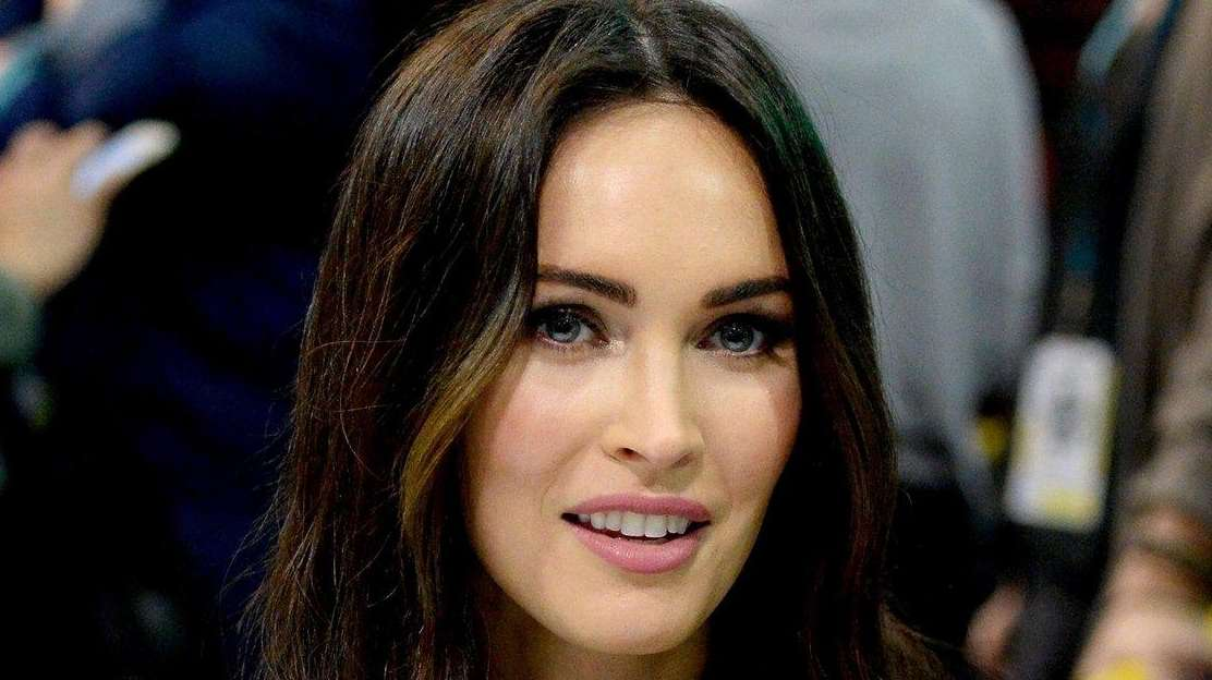 Actress Megan Fox, 29, walked a trade show
