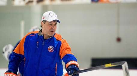 New York Islanders head coach Jack Capuano