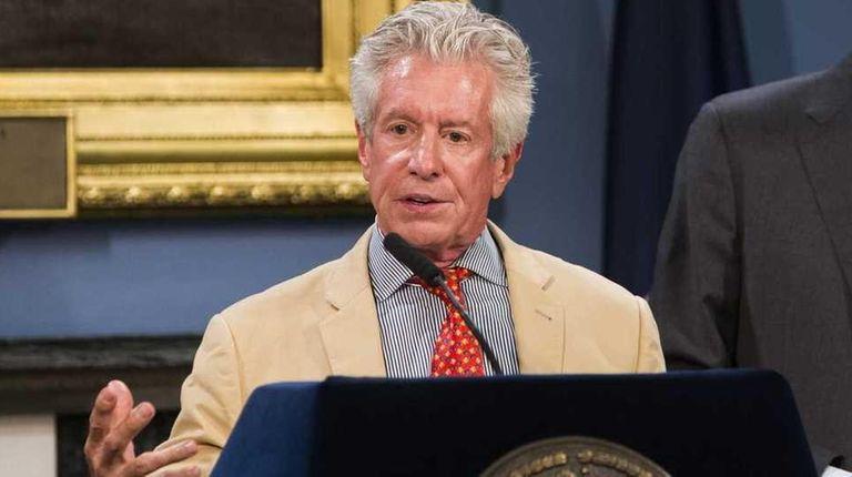 Richard Emery, left, with New York City Mayor