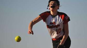 Emmma Wimmer #10, Mount Sinai pitcher, delivers to
