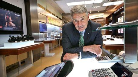 Joe Warren, general manager of corporate human resources