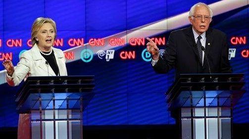 Democratic presidential candidates Sen. Bernie Sanders, I-Vt., right,