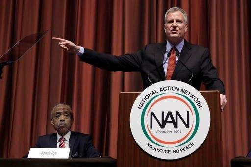 New York Mayor Bill de Blasio delivers his
