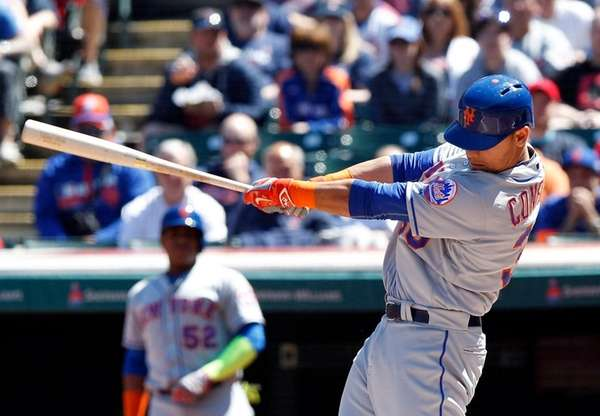 Michael Conforto of the New York Mets hits