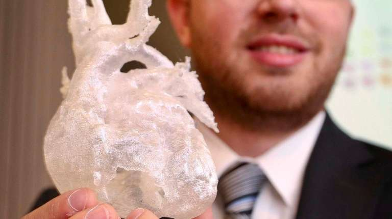 Todd Goldstein, a 3D bioprinting researcher at Northwell