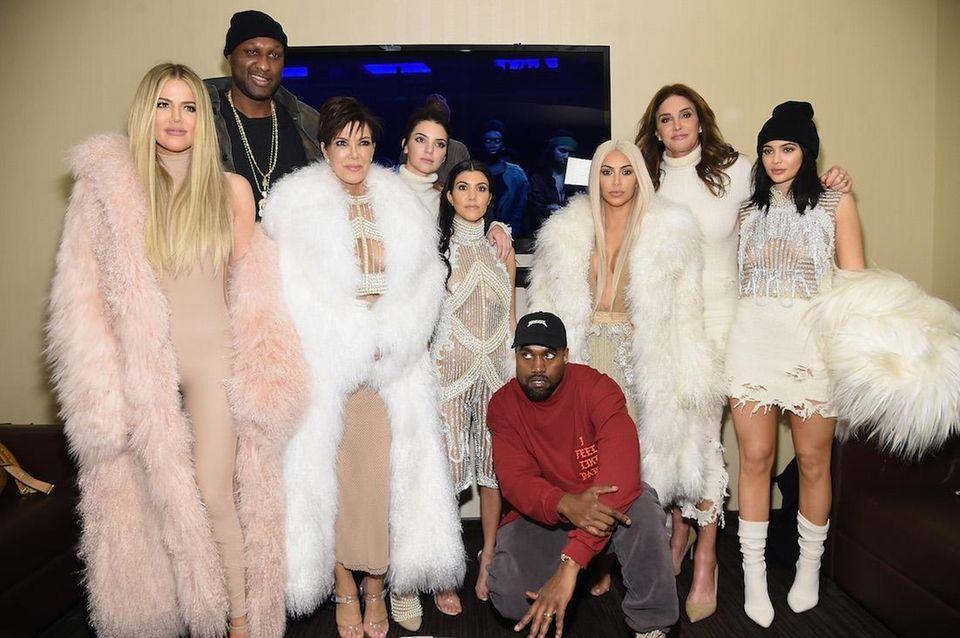 From left, Khloe Kardashian, Lamar Odom, Kris Jenner,
