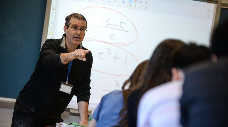 Math teacher Paul Bode teaches Advanced Placement calculus