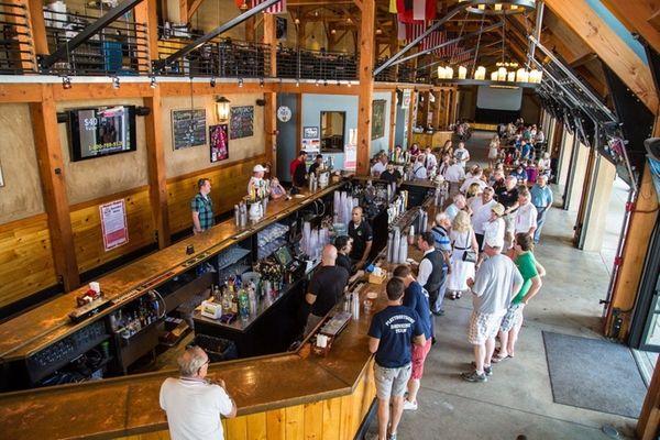 Plattduetsche Park Restaurant and Biergarten in Franklin