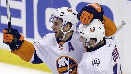 New York Islanders center Frans Nielsen (51) and