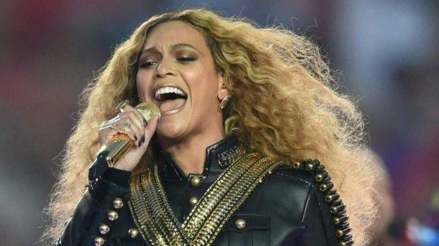 Beyoncé performs during Super Bowl 50 between the