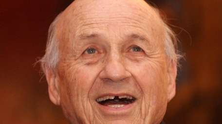 Professor Walter Kohn, a 1998 Nobel Prize winner,