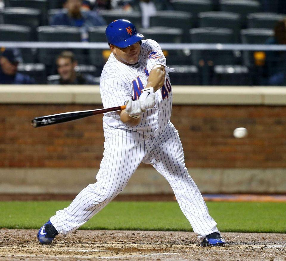 Bartolo Colon of the New York Mets bats