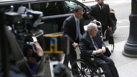 Former House Speaker Dennis Hastert arrives at the