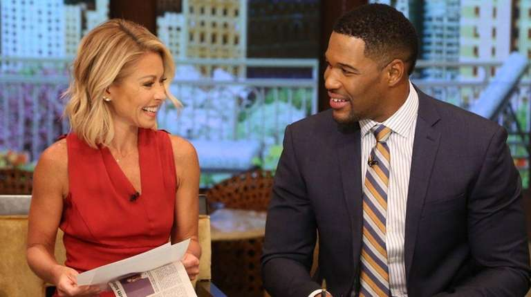 Kelly Ripa and Michael Strahan on