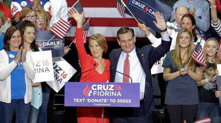 Carly Fiorina joins presidential candidate Ted Cruz as