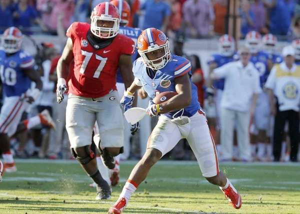 Florida defensive back Vernon Hargreaves III returns a