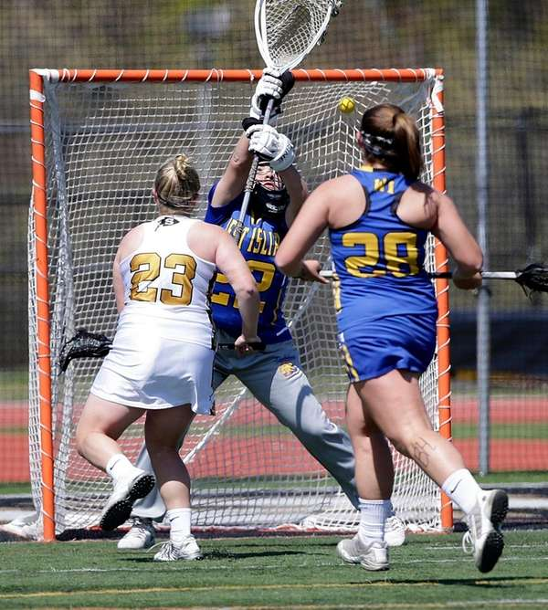 Sachem North's Grace Lipponer scores against West Islip