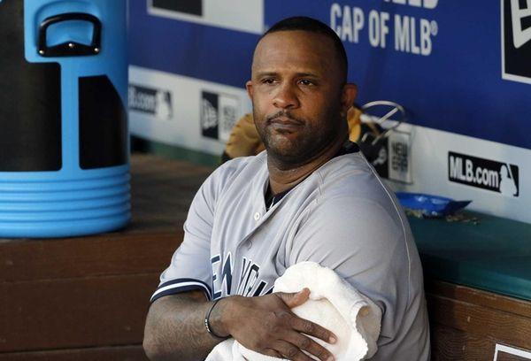 New York Yankees' CC Sabathia wraps his arm