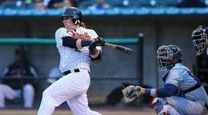 The Ducks' Cody Puckett singles to start the